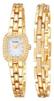 PNP PEGG42X2 Pulsar Ladies Swarovski Gold Plated Watch & Bracelet Set.